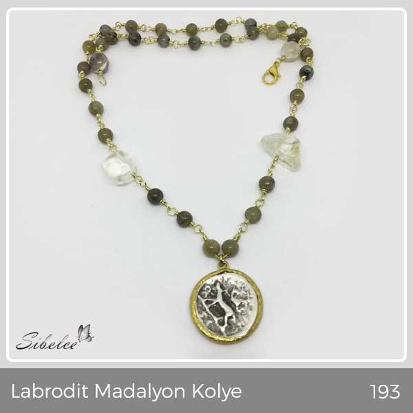 LABRODİT MADALYON KOLYE